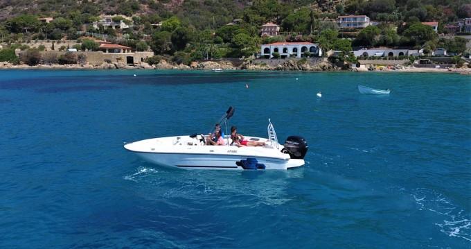 Motorboot mit oder ohne Skipper Bayliner mieten in Ajaccio