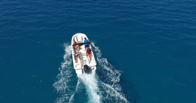 Yacht-Charter in Ajaccio - Bayliner 1E6 auf SamBoat
