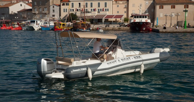 Yacht-Charter in Krk - Marlin Boat Dynamic 790 auf SamBoat