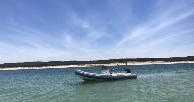 Nautica Led LED 680 zwischen Privatpersonen und professionellem Anbieter Lège-Cap-Ferret