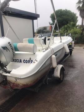 Sessa Marine Key Largo 19 zwischen Privatpersonen und professionellem Anbieter Ajaccio