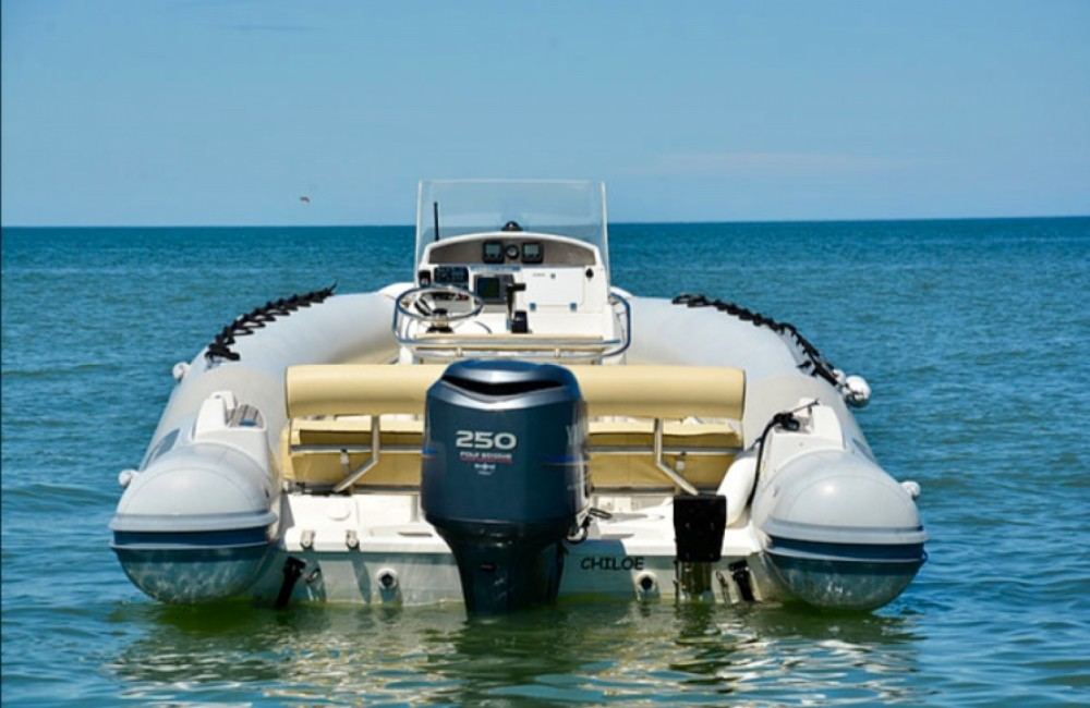 Kelt Sea Hawk 225 zwischen Privatpersonen und professionellem Anbieter Lège-Cap-Ferret