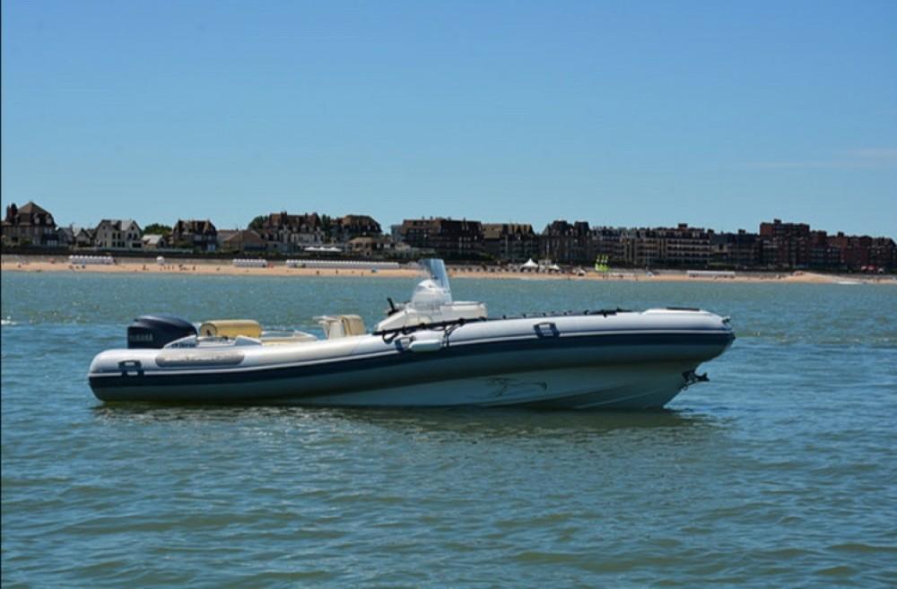 Vermietung Schlauchboot Kelt mit Führerschein