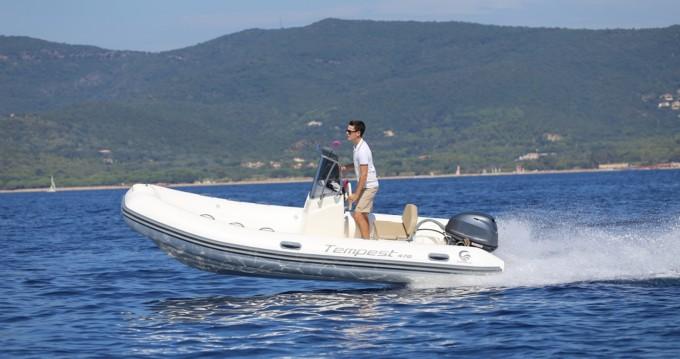 Capelli Tempest 470 zwischen Privatpersonen und professionellem Anbieter Ibiza Island