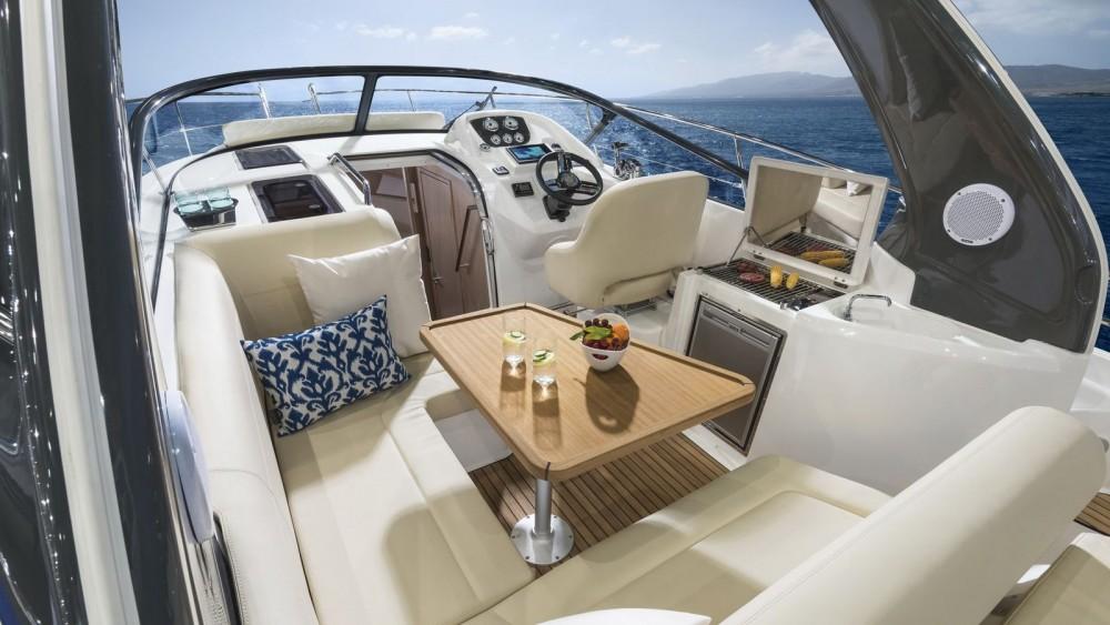 Vermietung Motorboot Bavaria mit Führerschein