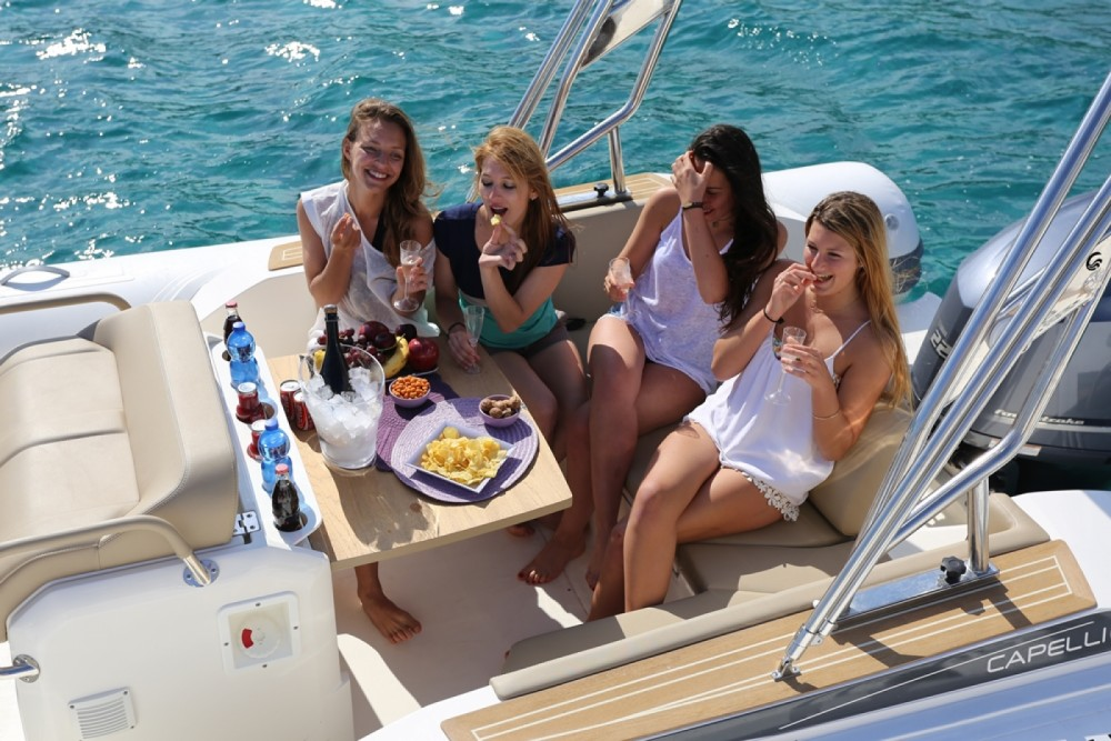 Bootsverleih Capelli Tempest 775 Ibiza-Stadt Samboat