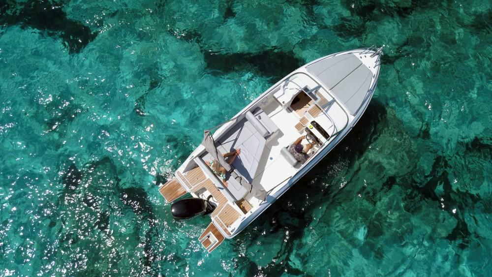 Pacific Craft Pacific Craft 700 DC zwischen Privatpersonen und professionellem Anbieter Ibiza-Stadt