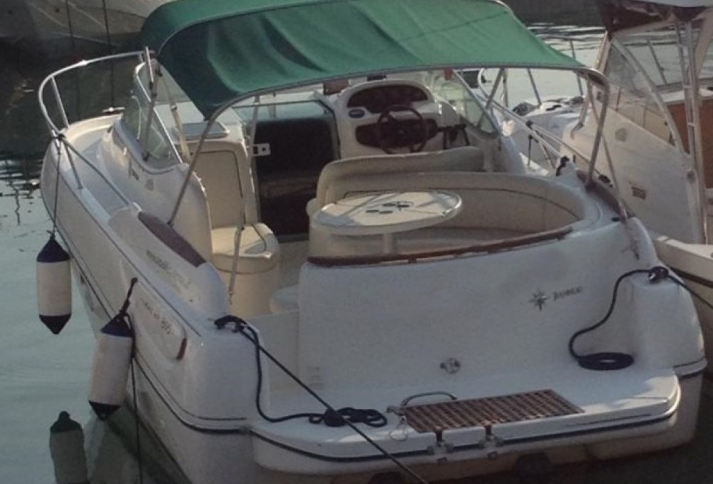 Motorboot mieten in Salerno zum besten Preis