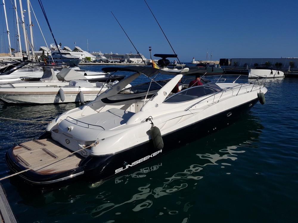 Sunseeker Superhawk 50 zwischen Privatpersonen und professionellem Anbieter Ibiza-Stadt