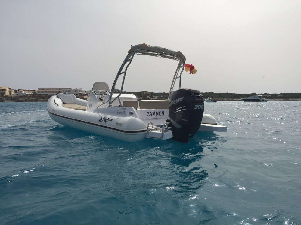 Schlauchboot mieten in La Savina - Black Fin Blackfin 8 Elegance