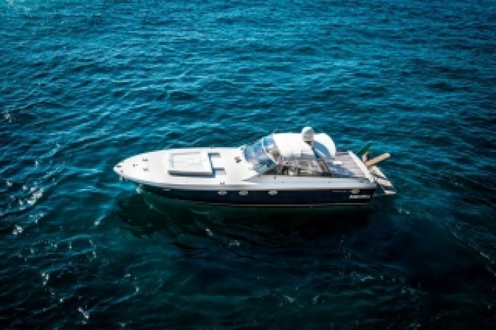 Motorboot mieten in  - Itama Itama 46