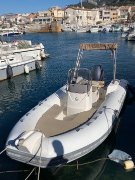 Schlauchboot mit oder ohne Skipper Capelli mieten in Marseille