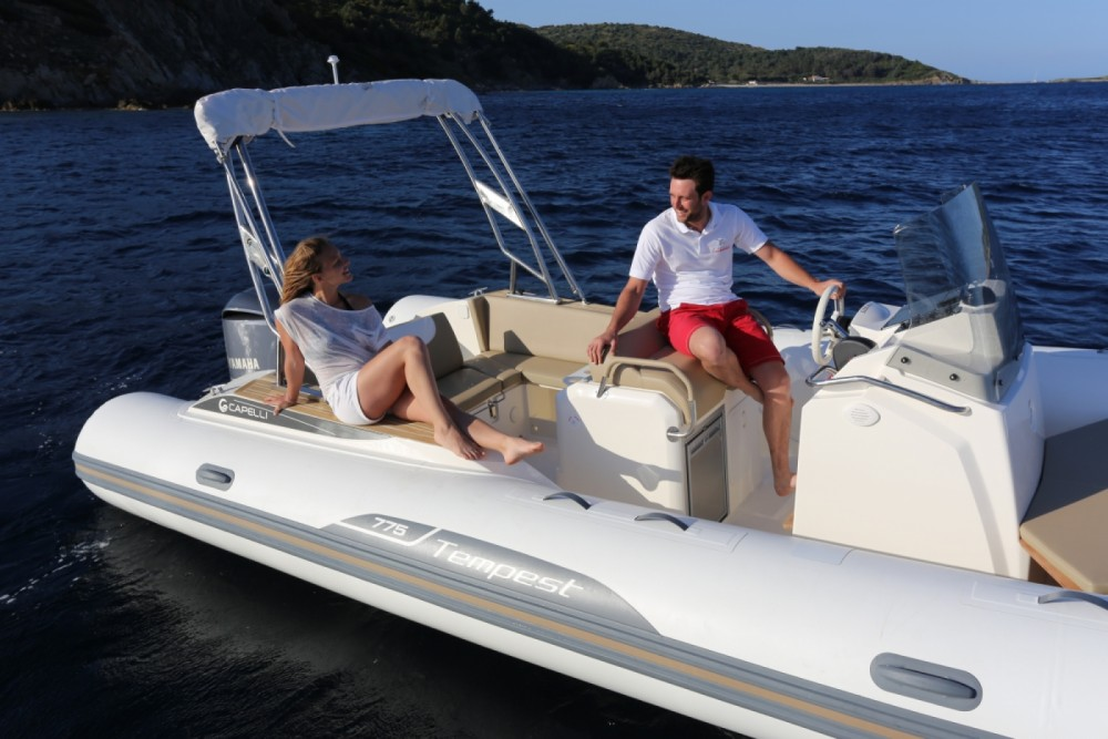 Schlauchboot mieten in Sète - Capelli Tempest 775 Open