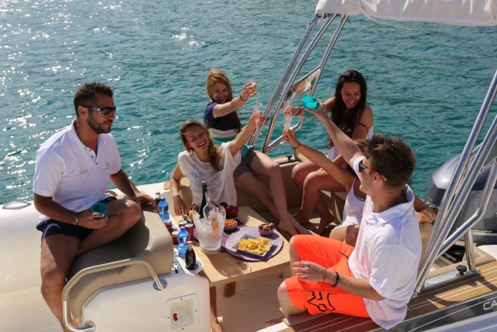 Schlauchboot mieten in Sète zum besten Preis