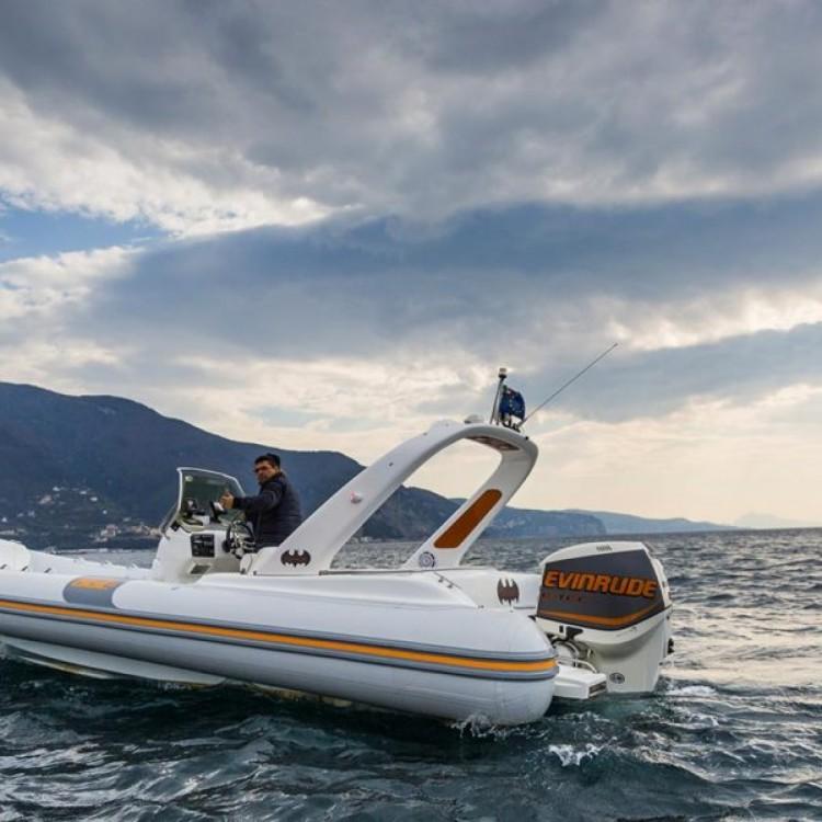 Schlauchboot mieten in Castellammare di Stabia - Vira SUZUKI 2*300hp