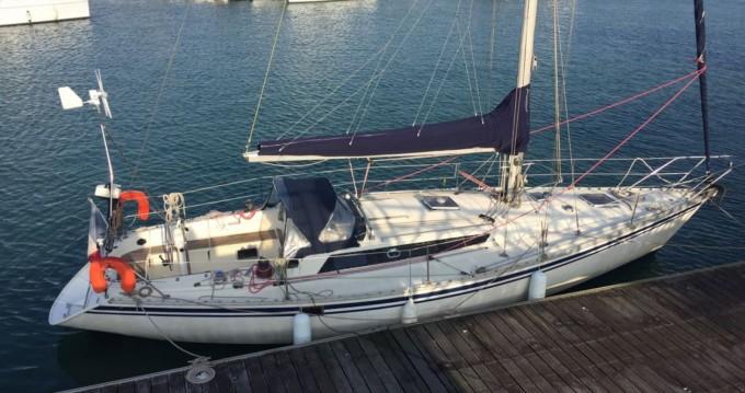 Jeanneau Sun Fizz zwischen Privatpersonen und professionellem Anbieter La Rochelle