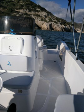 Bootsverleih Astec AXTILUX 600 OPEN Port Ginesta Samboat
