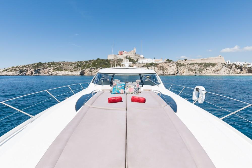 Sunseeker Predator 68 zwischen Privatpersonen und professionellem Anbieter Ibiza-Stadt