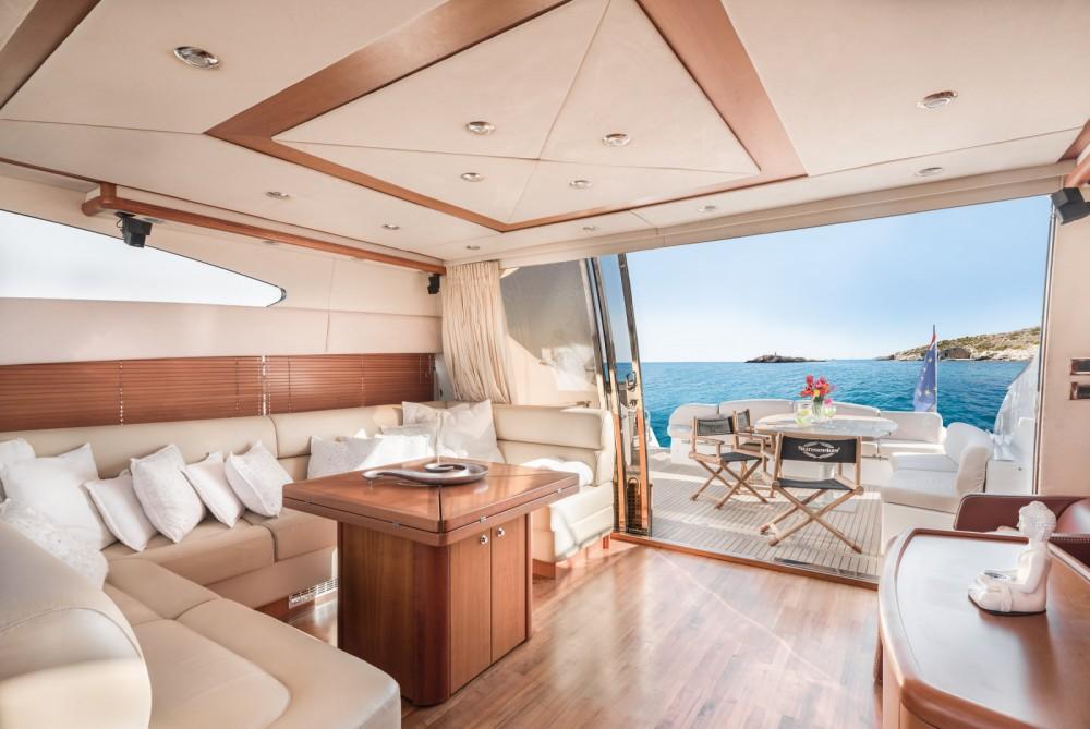 Sunseeker Predator 72 zwischen Privatpersonen und professionellem Anbieter Ibiza-Stadt