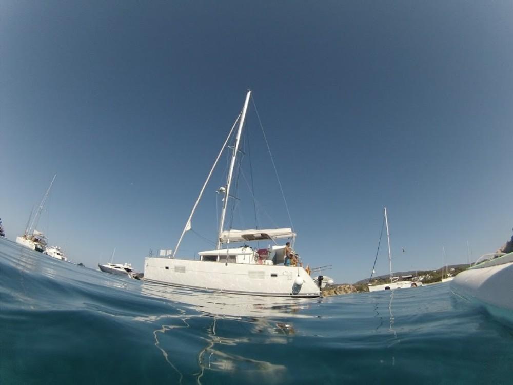 Katamaran mit oder ohne Skipper Lagoon mieten in Barcelona
