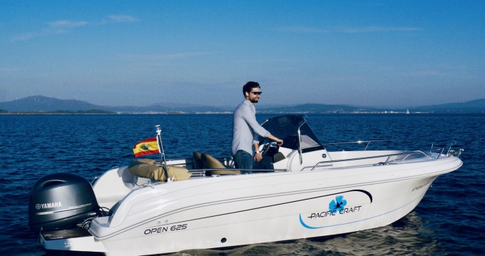 Motorboot mit oder ohne Skipper Pacific Craft mieten in Palma de Mallorca