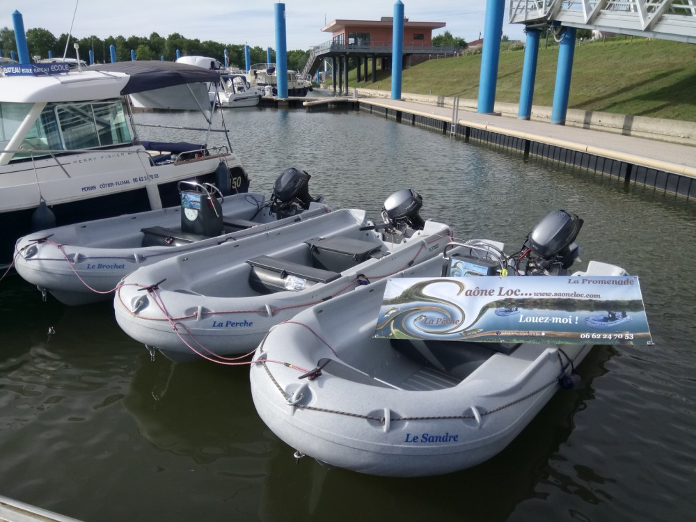 Motorboot mit oder ohne Skipper Fun Yak mieten in Mâcon