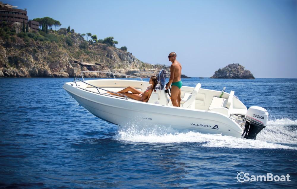 Allegra Boats All 530 Open zwischen Privatpersonen und professionellem Anbieter Santa Margherita Ligure