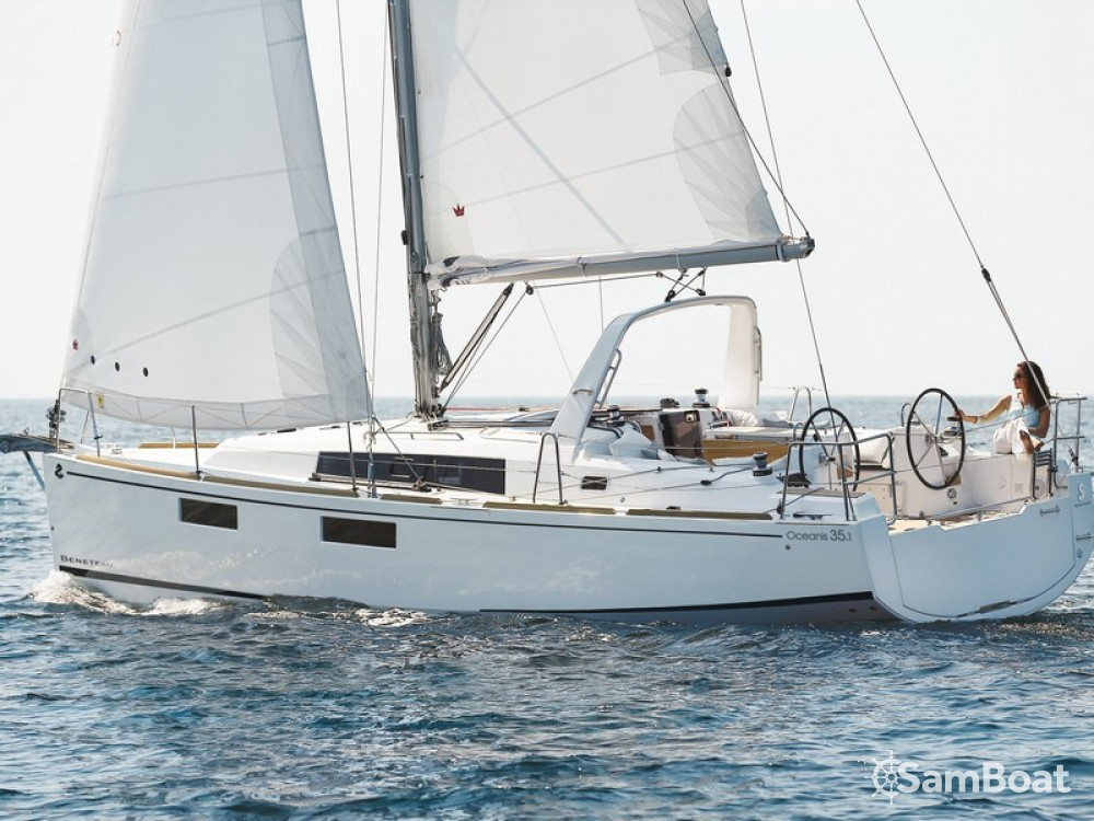 Ein Bénéteau Oceanis 35.1 mieten in Split