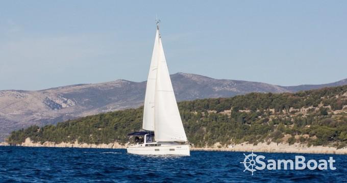 Segelboot mieten in Split - Bénéteau Oceanis 38
