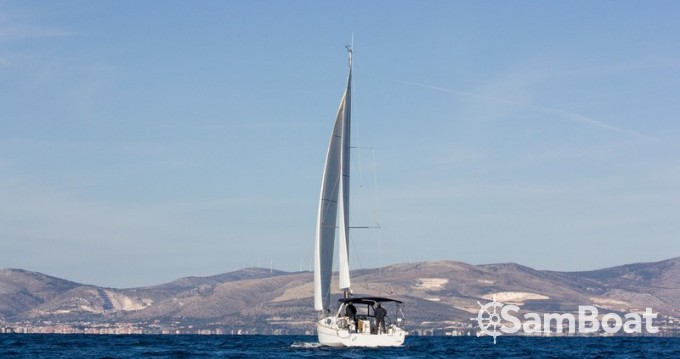 Bootsverleih Bénéteau Oceanis 38 Split Samboat