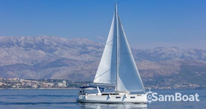 Bootsverleih Bénéteau Oceanis 38.1 Split Samboat