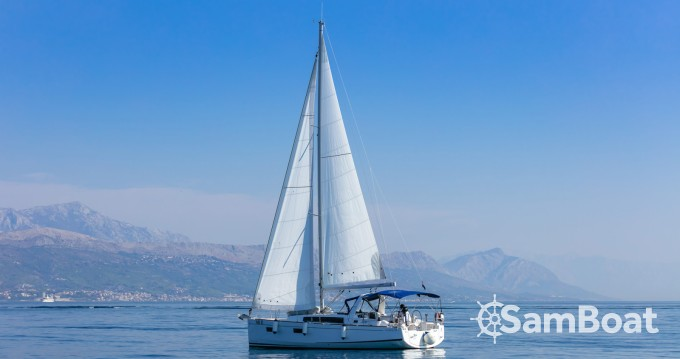 Bootsverleih Split günstig Oceanis 38.1