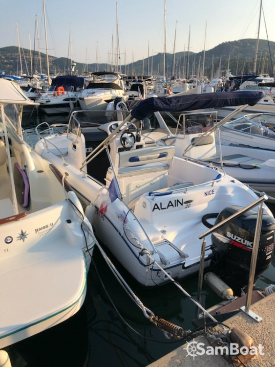 Motorboot mit oder ohne Skipper Ranieri mieten in Mandelieu-la-Napoule