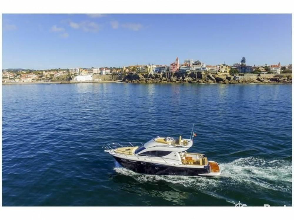 Motorboot mieten in Saint-Jean-Cap-Ferrat zum besten Preis