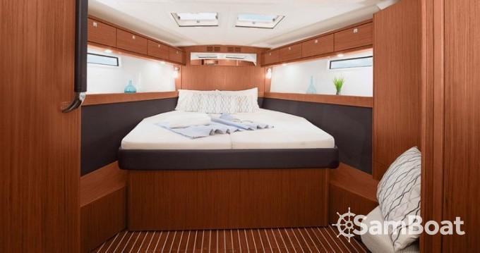 Ein Bavaria Cruiser 51 mieten in Split