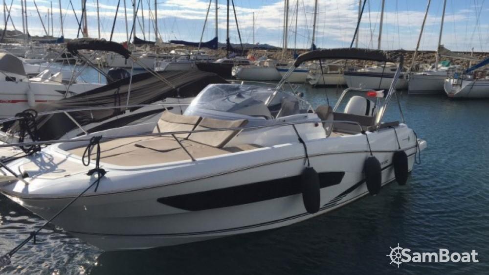 Motorboot mieten in Six-Fours les Plages - Jeanneau Cap Camarat 755 WA