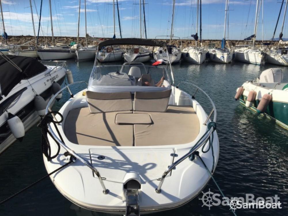Motorboot mieten in Six-Fours les Plages zum besten Preis
