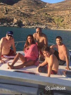 Cranchi Mediterranee 40 zwischen Privatpersonen und professionellem Anbieter Serifos