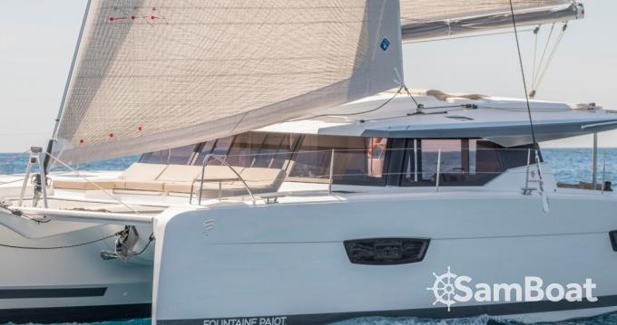 Fountaine Pajot Astrea 42 zwischen Privatpersonen und professionellem Anbieter Ibiza Town