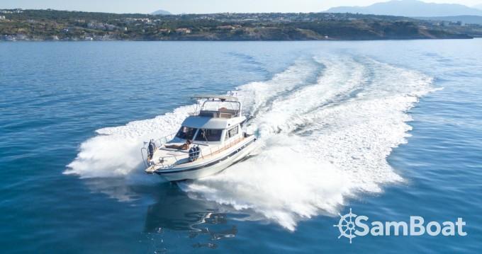 Motorboot mit oder ohne Skipper Piantoni mieten in Rethymno