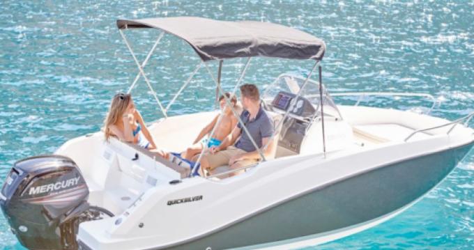 Motorboot mit oder ohne Skipper Quicksilver mieten in Puerto Alcocéber