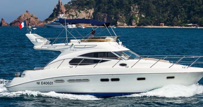 Yacht-Charter in Juan-les-Pins - Sealine F425  auf SamBoat