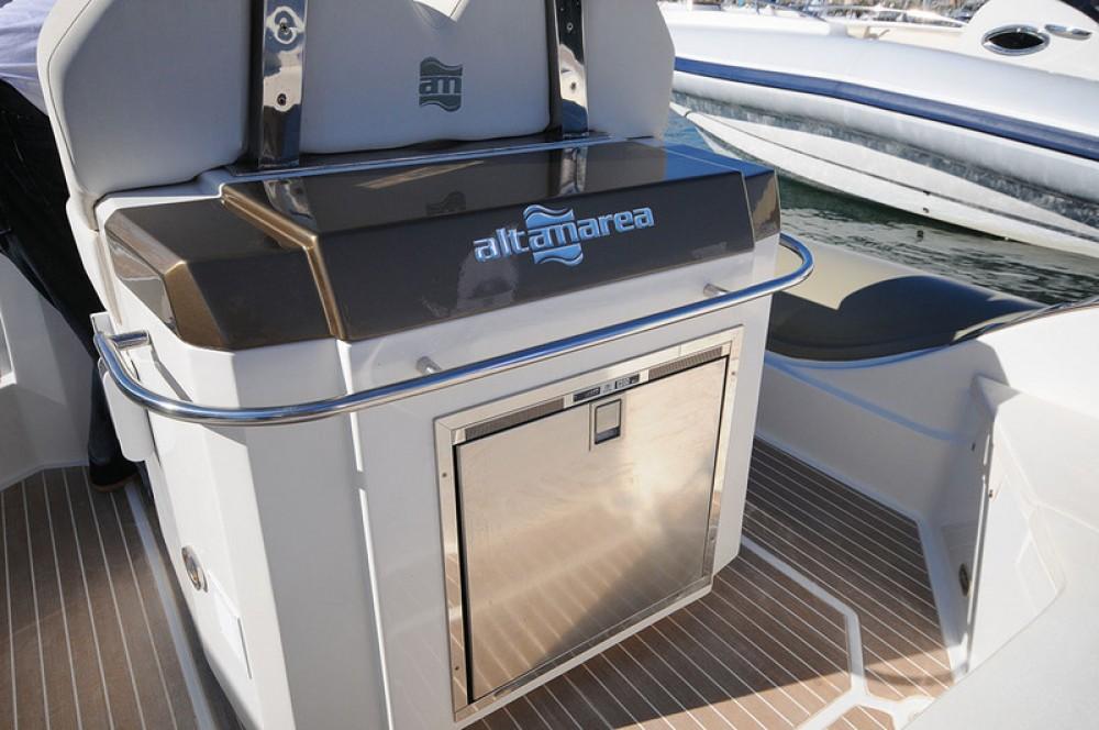 Schlauchboot mit oder ohne Skipper Altamarea mieten in Bandol