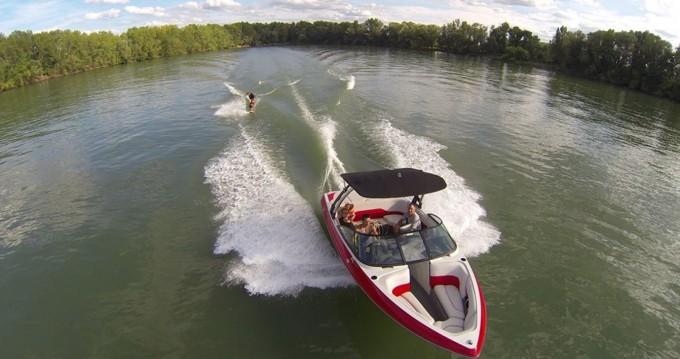 Motorboot mieten in Virelade - Axis T22