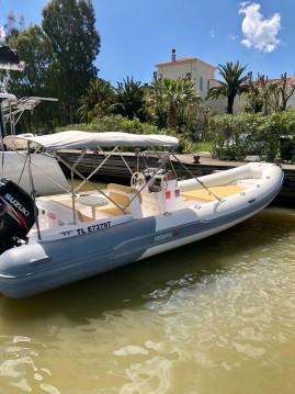 Schlauchboot mit oder ohne Skipper Predator mieten in Les Salins d'Hyères