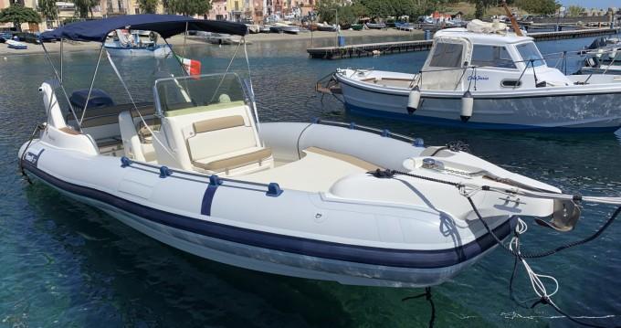 Ein Marlin Boat Marlin 23 mieten in Panarea