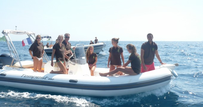 Schlauchboot mieten in Sainte-Maxime zum besten Preis