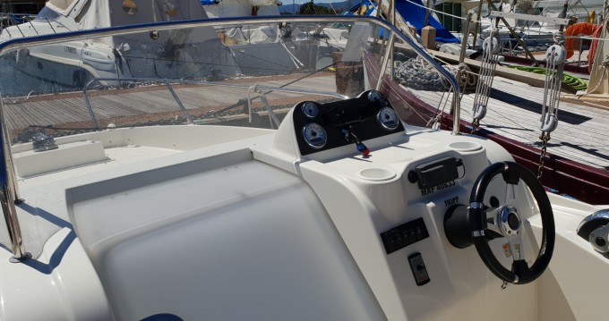 Yacht-Charter in Cogolin - Quicksilver Activ 675 Sundeck auf SamBoat