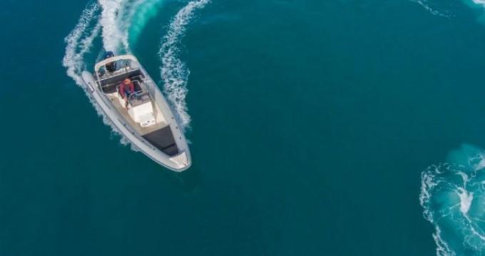 Schlauchboot mieten in Lefkas Egremni - Scorpion 740