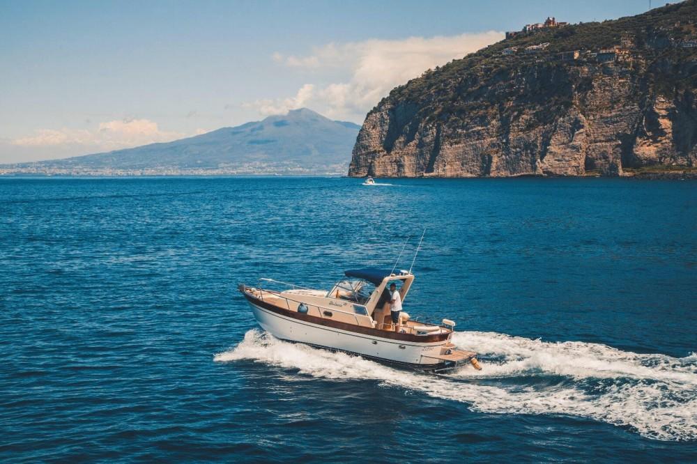 Yacht-Charter in Piano di Sorrento - Di Luccia 28 Orione Cabin auf SamBoat